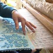 lavorazione tessile artigianale sarda